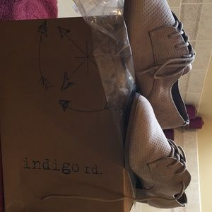 Suede Oxford shoe